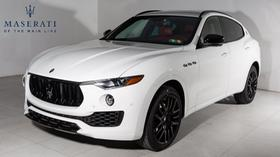 2019 Maserati Levante Nerissimo:22 car images available