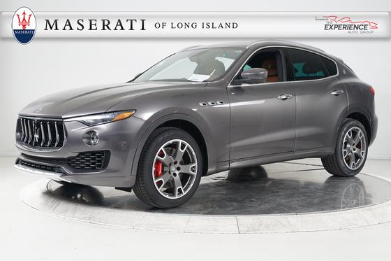2017 Maserati Levante S:11 car images available