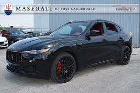 2018 Maserati Levante S:11 car images available