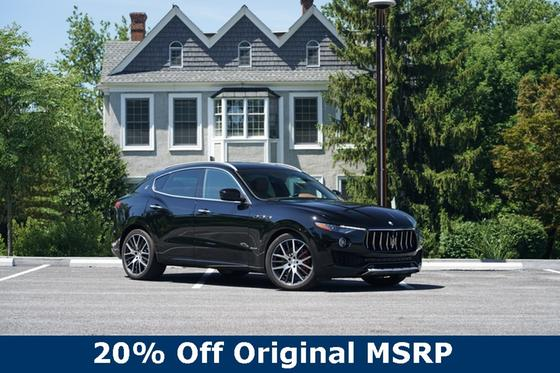 2018 Maserati Levante S:10 car images available