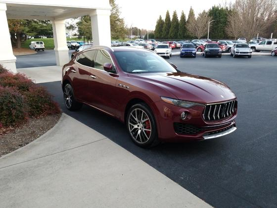 2017 Maserati Levante S:4 car images available