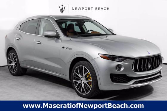 2017 Maserati Levante S:18 car images available
