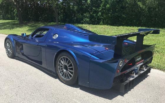 https://s3.amazonaws.com/dcmcarimages/car-images/Maserati/MC12-/390150/0c6d3702-c5e8-4f0b-83cc-6fc99bd7ba82.jpg