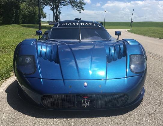 https://s3.amazonaws.com/dcmcarimages/car-images/Maserati/MC12-/390150/10f78240-e78c-403d-be14-f7590673a3bb.jpg