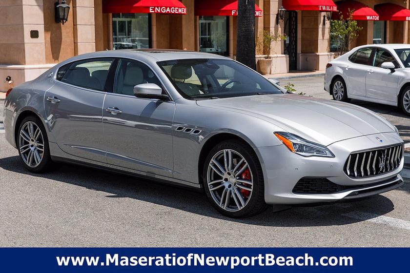 2018 Maserati Quattroporte S:17 car images available
