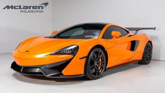 2017 McLaren 570GT :21 car images available