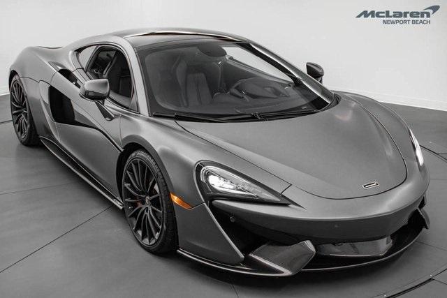 2017 McLaren 570GT Coupe:24 car images available