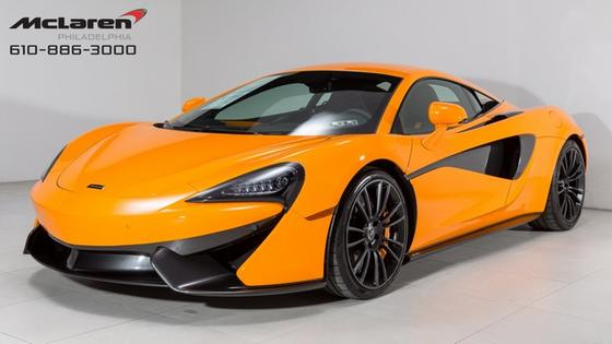 2016 McLaren 570S Coupe:18 car images available