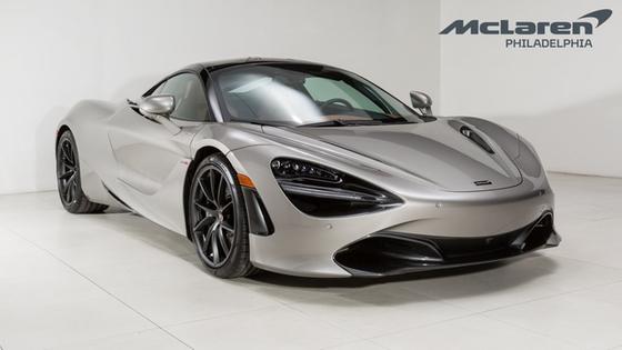 2018 McLaren 720S :21 car images available