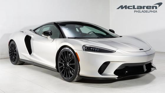2020 McLaren GT :23 car images available
