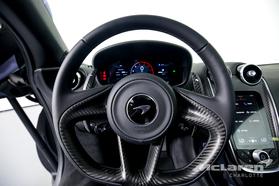 2021 McLaren GT