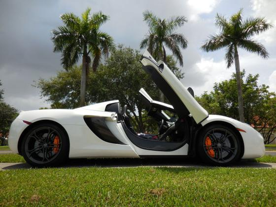 2013 McLaren MP4-12C Spider:12 car images available