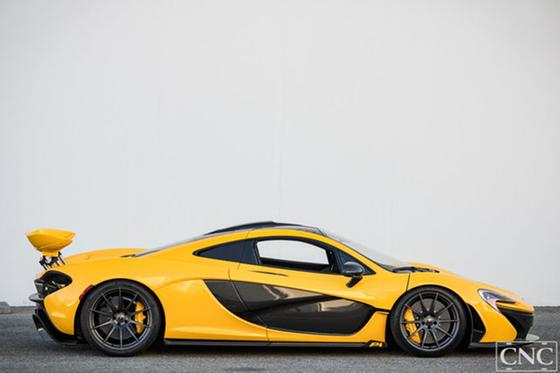 2015 McLaren P1 :19 car images available