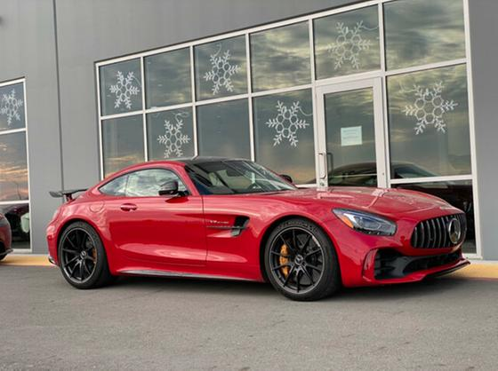 2018 Mercedes-Benz AMG GT R:17 car images available