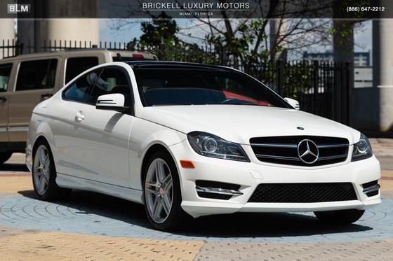 2015 Mercedes-Benz C-Class C250:24 car images available