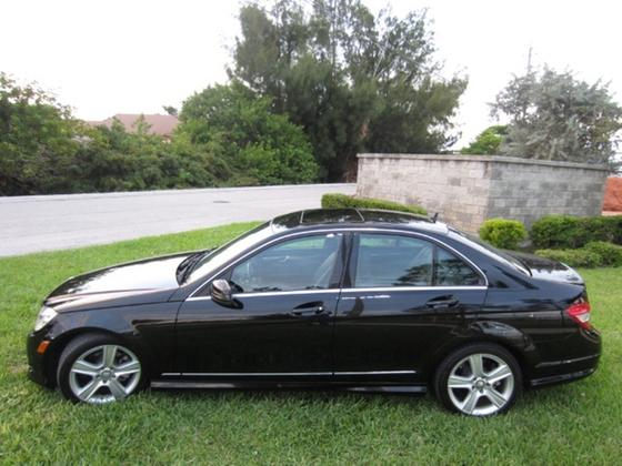 2010 Mercedes-Benz C-Class C300 4Matic Luxury:20 car images available