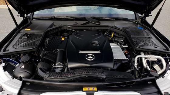 2016 Mercedes-Benz C-Class C300 4Matic
