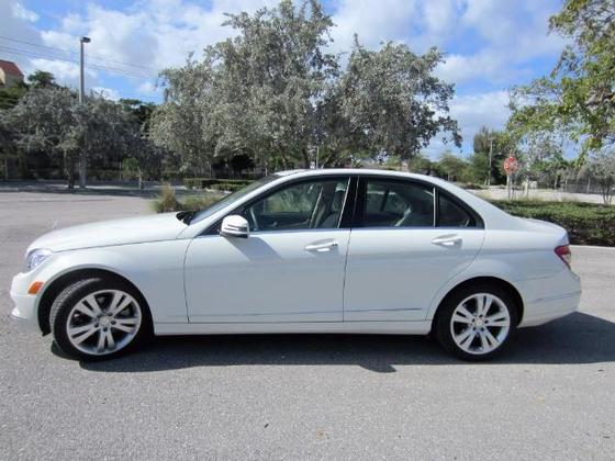 2010 Mercedes-Benz C-Class C300 Luxury:15 car images available