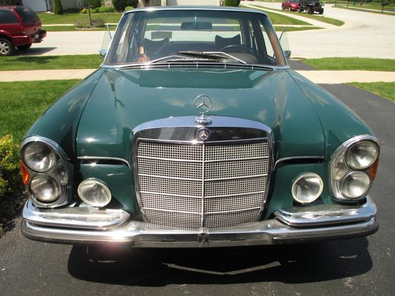 1967 Mercedes-Benz C-Class C300:24 car images available