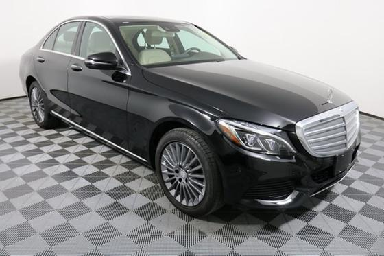 2016 Mercedes-Benz C-Class C300:24 car images available