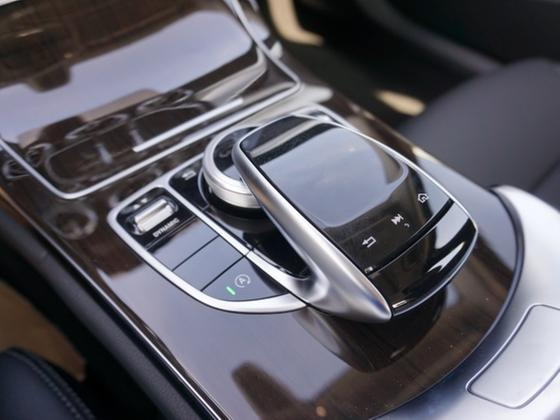 2016 BMW 330 e iPerformance