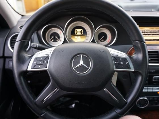 2012 Mercedes-Benz C-Class C300