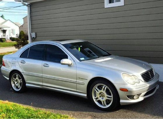 2002 Mercedes-Benz C-Class C32 AMG:3 car images available
