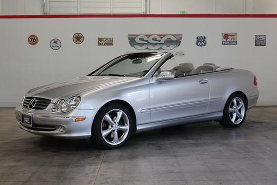 2005 Mercedes-Benz CLK-Class CLK320 Cabriolet:9 car images available