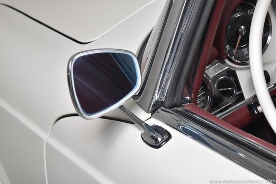 1963 Mercedes-Benz Classics 230SL