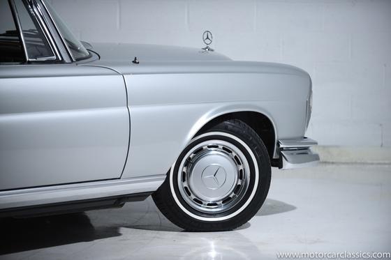 1967 Mercedes-Benz Classics 250SE