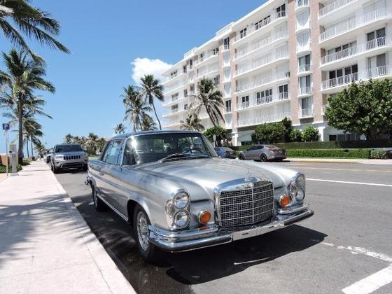 1970 Mercedes-Benz Classics 280 SE:14 car images available