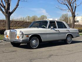 1973 Mercedes-Benz Classics 280 SE:24 car images available