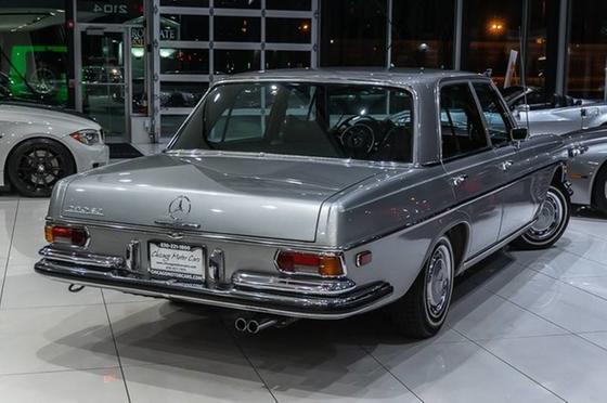 1972 Mercedes-Benz Classics 280 SE