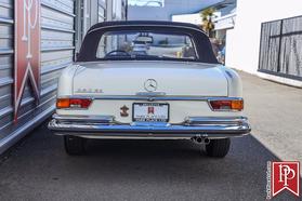 1970 Mercedes-Benz Classics 280 SE