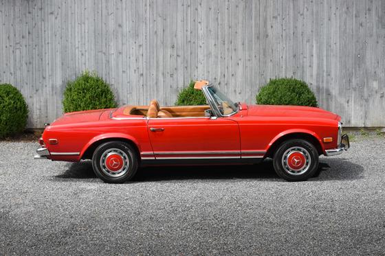 1969 Mercedes-Benz Classics 280 SL:15 car images available