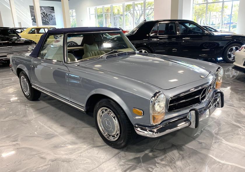 1971 Mercedes-Benz Classics 280 SL:9 car images available