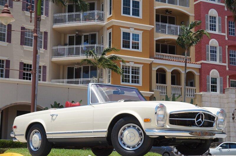 1970 Mercedes-Benz Classics 280 SL:24 car images available