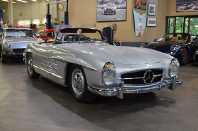 1957 Mercedes-Benz Classics 300SL Roadster:19 car images available