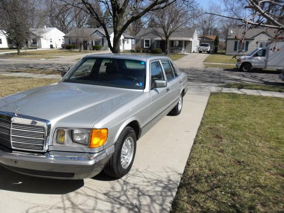 1983 Mercedes-Benz Classics 380SEL:6 car images available