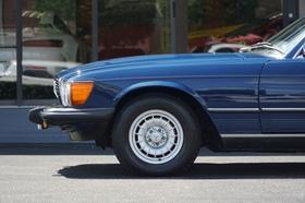 1984 Mercedes-Benz Classics 380SL