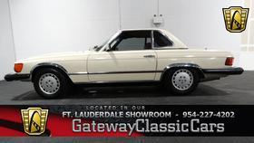 1977 Mercedes-Benz Classics 450SL:24 car images available