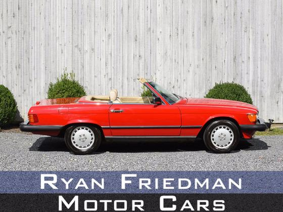 1989 Mercedes-Benz Classics 560SL:22 car images available