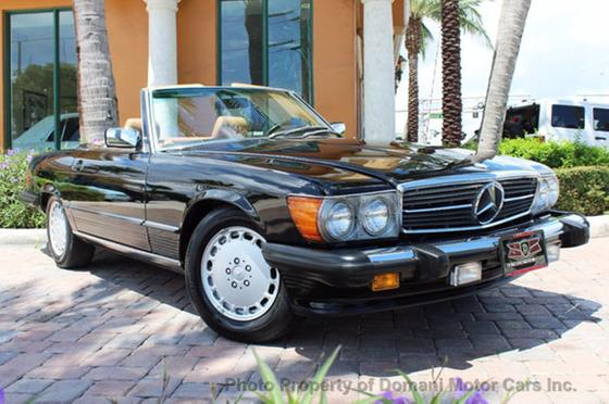 1988 Mercedes-Benz Classics 560SL:24 car images available