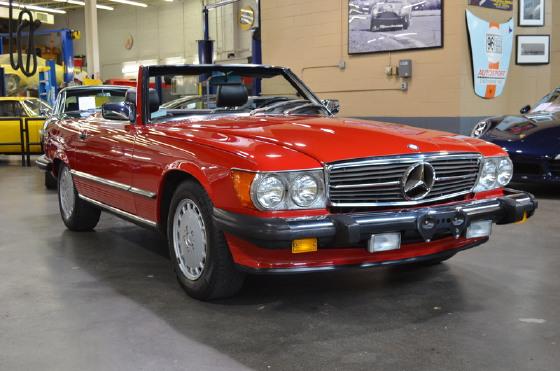 1988 Mercedes-Benz Classics 560SL:18 car images available