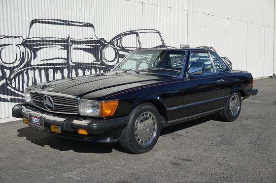 1986 Mercedes-Benz Classics 560SL:9 car images available