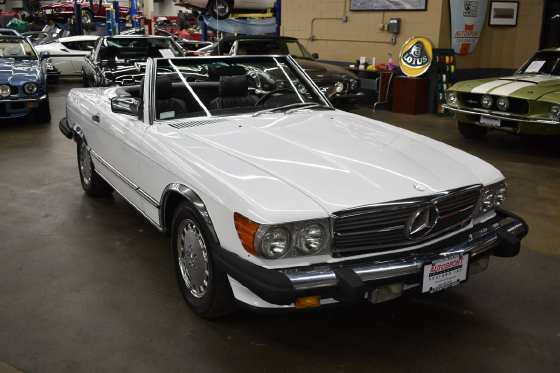 1986 Mercedes-Benz Classics 560SL:12 car images available