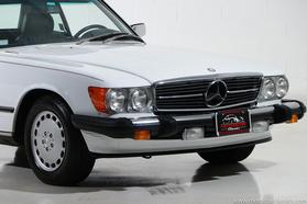 1988 Mercedes-Benz Classics 560SL