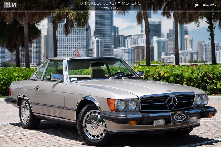 1989 Mercedes-Benz Classics 560SL:24 car images available