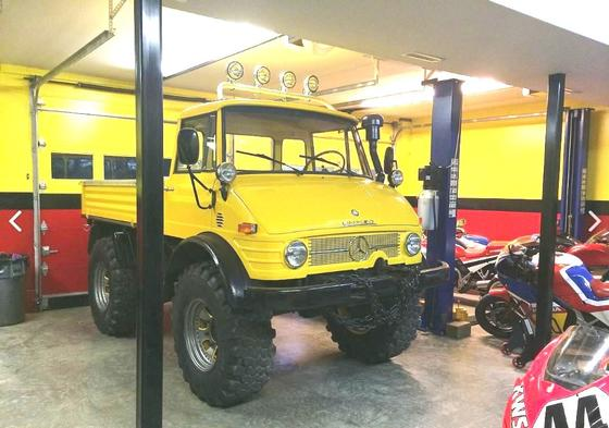1972 Mercedes-Benz Classics Unimog:12 car images available