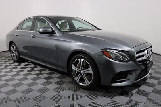 2017 Mercedes-Benz E-Class :24 car images available